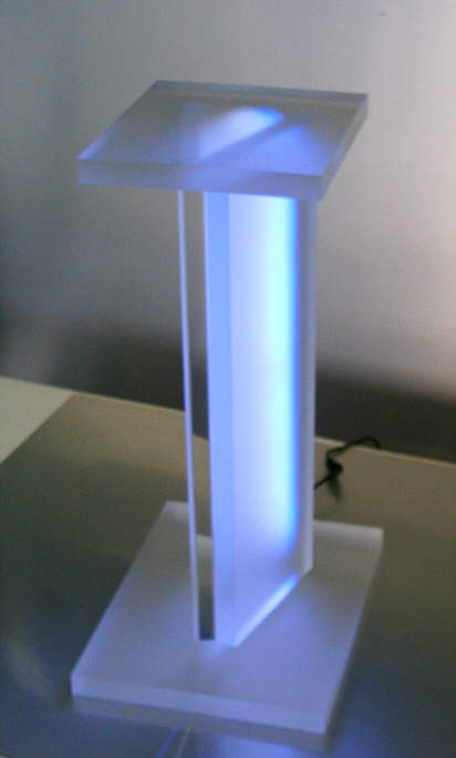 Hifi m bel hifi racks acrylm bel plexiglas sessel for Plexiglas tisch design